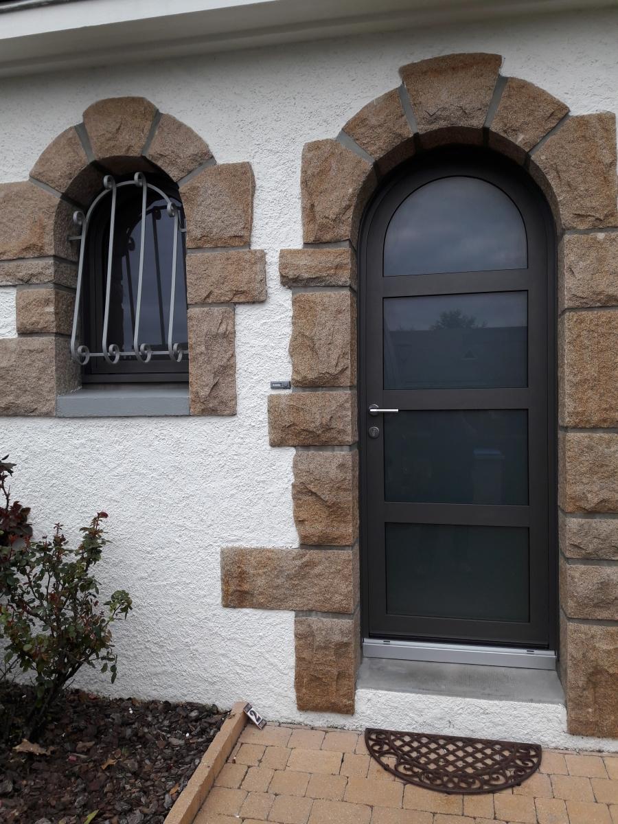 Dov ouvertures porte d 39 entree cintree mixte bois alu sainte luce sur loire - Porte d entree cintree ...