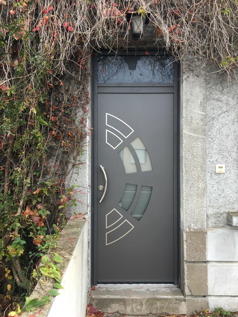 Dov ouvertures porte d 39 entree aluminium k line sainte for K line porte d entree aluminium