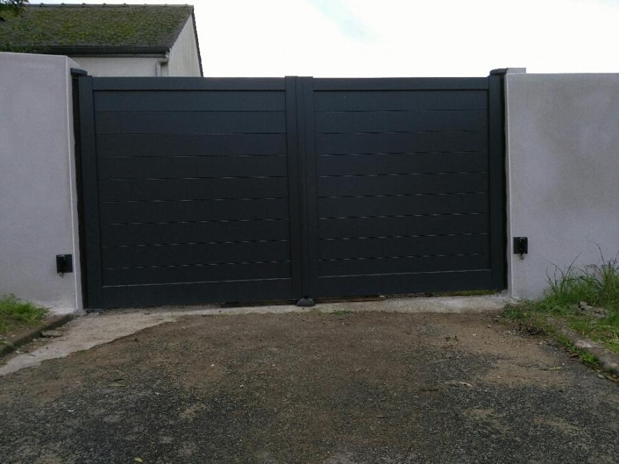Dov ouvertures portail battant en aluminium motorise - Portail battant motorise ...